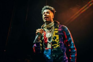 Blueface's Baby Mama Jaidyn Alexis Smashed Out Window At His Home