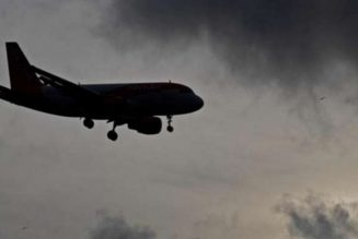 Britain announces more flights to evacuate nationals from Nigeria