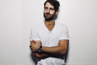 Makin' Tracks: Ryan Hurd Moves Forward by Mining 'Every Other Memory'