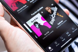 Spotify's newest feature lets multiple people control a listening session