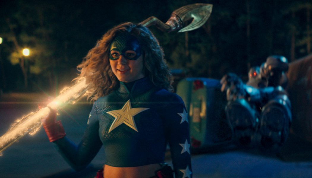 Stargirl doesn't know what to do with its superhero nostalgia