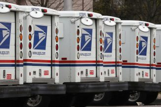 US Postal Service delays next-generation mail truck program due to pandemic