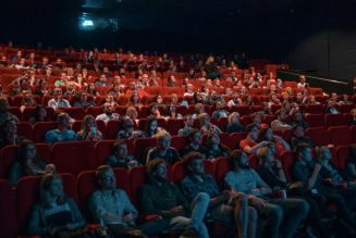 AMC Theatres Reverses Decision, Will Require Moviegoers to Wear Masks