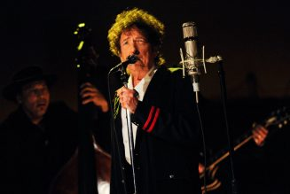 Bob Dylan's 'Rough and Rowdy Ways' Races to Lead on Midweek U.K. Chart