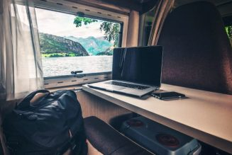 Can Music Producers Be Digital Nomads? 5 Ways to Achieve the Lifestyle