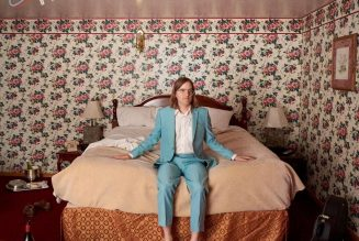 """Dent May Announces New Album Late Checkout, Shares """"I Could Use A Miracle"""": Stream"""