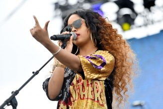 H.E.R. Rocks 'I Can't Breathe'/'Fate' Medley for Roots Picnic 2020