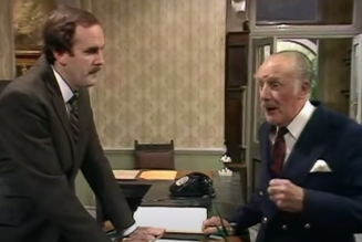 """John Cleese Calls Removal of Fawlty Towers Episode That Uses N-Word """"Stupid"""""""