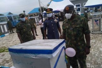 NAF chief inaugurates officers' quarters in Calabar