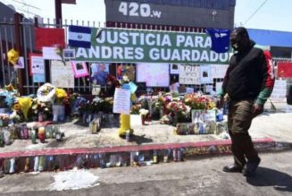 Probe demanded over Latino police shooting death in Los Angeles