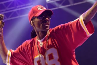 Snoop Dogg Pays Homage To Kobe Bryant With ESPYS Music Video