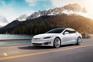 Tesla Model S Long Range Plus Beats Rivian to EPA-Rated 400-Mile Range Barrier