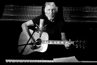 Watch Roger Waters Play New Version of Pink Floyd's 'Two Suns in the Sunset'