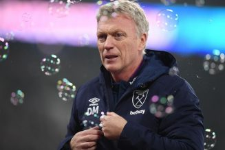 'Why's this clown my manager' – Some Hammers fans fuming at what Moyes told SkySports