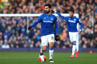 'Awful', 'Needs to wake up': Some Everton fans tearing into one player tonight