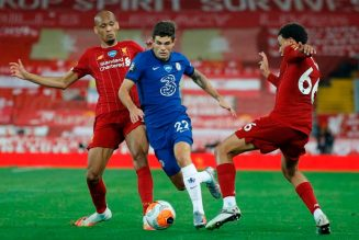 Gary Lineker singles out Chelsea star for praise after pulsating Anfield clash
