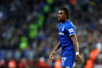'Horrendous', 'Get rid': Some Everton fans are hammering one player tonight