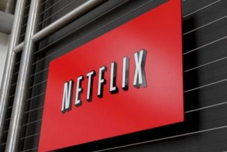Netflix adds another 10 million subscribers