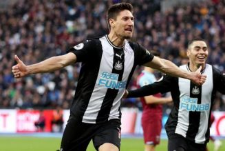Newcastle United defender's one-word reaction to Swansea City heroics