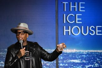 No Laughing Matter: D.L. Hughley Says He Unknowingly Spread The Coronavirus To His Team