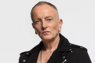 PHIL COLLEN On Whether DEF LEPPARD's Tour With MÖTLEY CRÜE Will Finally Happen In 2021: 'I'd Say It's 50/50'