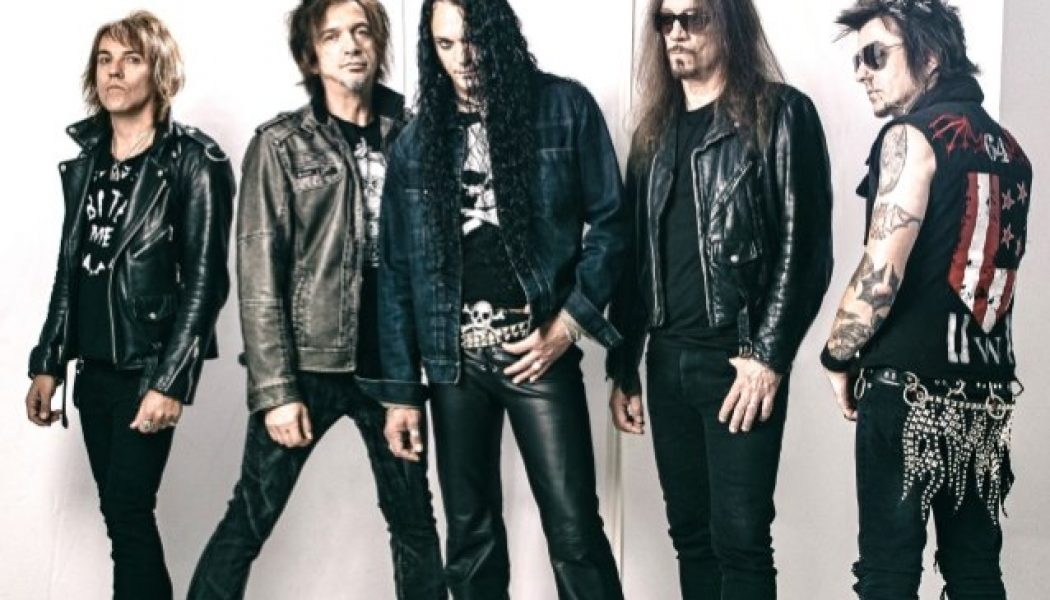 SKID ROW To Embark On 'Slave To The Grind' 30th-Anniversary World Tour In 2021