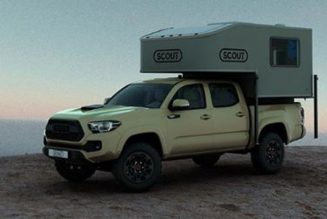 This Midsize Truck Camper Is Surprisingly Spacious