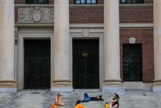 US rescinds directive barring international students from online classes