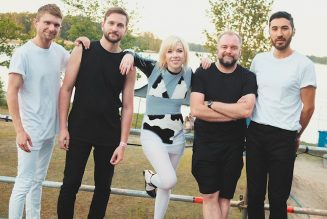Carly Rae Jepsen Pays Tribute to Her Bandmates With 'Me and the Boys in the Band'