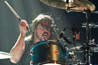 Dave Grohl Accepts 10-Year-Old Girl's Challenge for a Drum-Off: 'Your Move!!!'