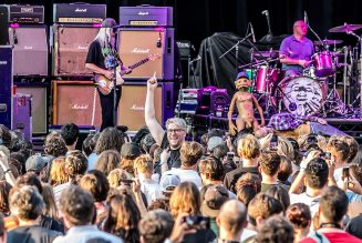 Dinosaur Jr. Announce Outdoor, Socially Distanced Concerts