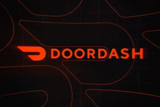 DoorDash launches online DashMart convenience stores to sell snacks and groceries