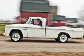 Max Factor: Hemi-Powered Dodge D-100 Was a Rebel In Its Time