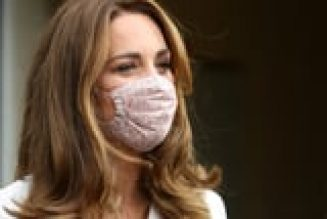 The Duchess of Cambridge Wore a Face Mask From One of Princess Charlotte's Favourite Designers
