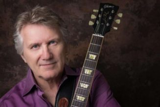 TRIUMPH's RIK EMMETT On Bands Who Use Backing Tracks During Live Performances: 'We Live In A Different World Now'