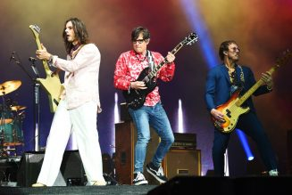 Weezer Releases First Song From 'Bill & Ted Face the Music' Soundtrack: Listen to 'Beginning Of The End (Wyld Stallyns Edit)'