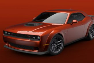 2021 Dodge Challenger Widebody Availability Widens to R/T Scat Pack Shaker, 392 T/A Models