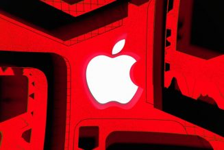 Apple accuses Epic of 'starting a fire and pouring gasoline on it' in new Fortnite filing