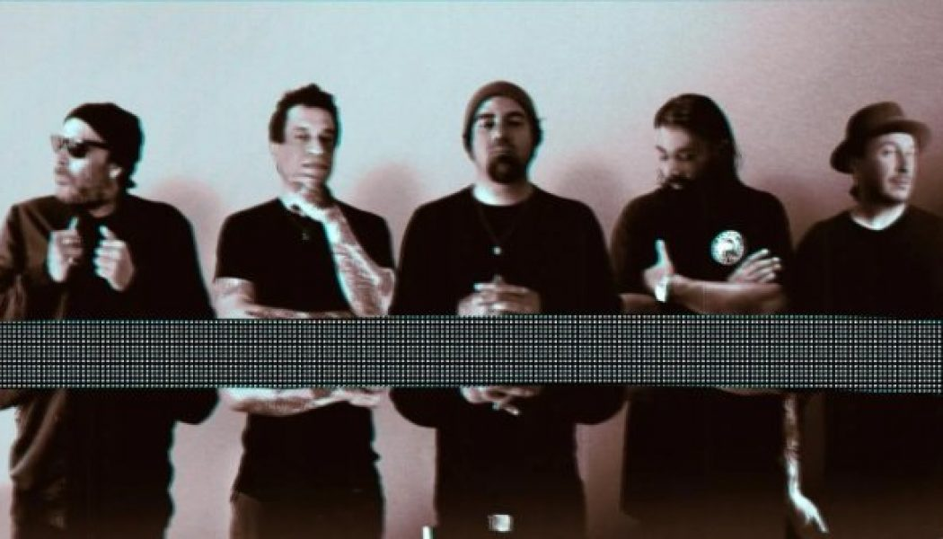 DEFTONES Launch 'Adopt-A-Dot' Fundraising Campaign For Two Great Causes