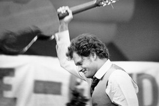DMC, Bruce Springsteen, Billy Joel and More Appear in Harry Chapin Documentary Trailer