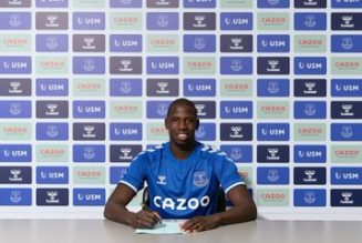 Doucoure's instant reaction after signing for Everton