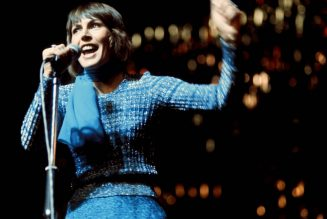 Helen Reddy, Voice of the Feminist Anthem 'I Am Woman,' Dies at 78