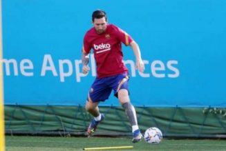 Leo Messi assures Ronald Koeman of his commitment after first training