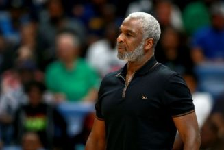 Oak Tree: Charles Oakley Joins 'Dancing With The Stars' Lineup