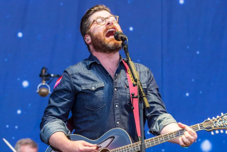 "The Decemberists' Colin Meloy Shares New Song ""Slint, Spiderland"": Stream"