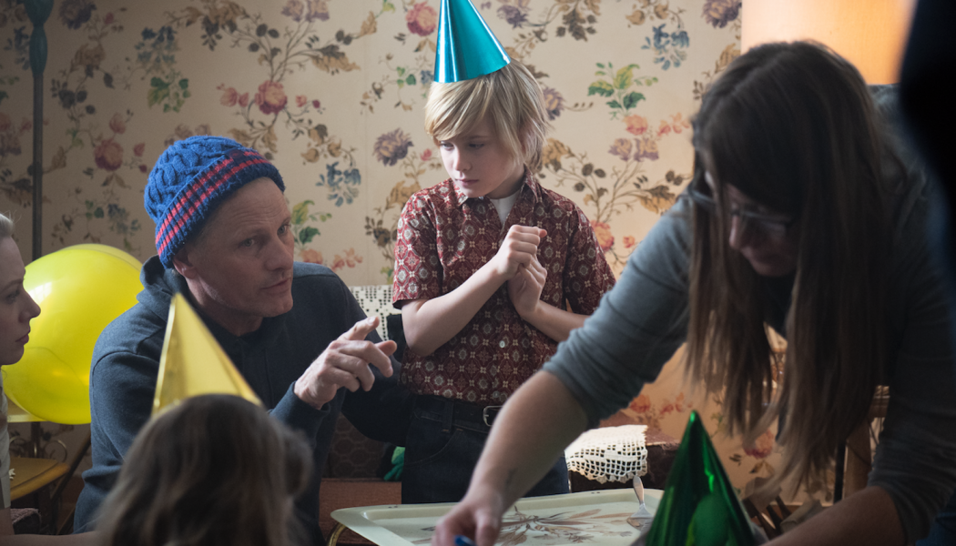 Viggo Mortensen's Falling Offers Repetition and Expletives, But No Payoff: TIFF Review