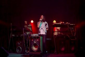"""Watch Kevin Parker Bring His """"Tame Impala Soundsystem"""" to Jimmy Fallon with """"Borderline"""" Performance"""