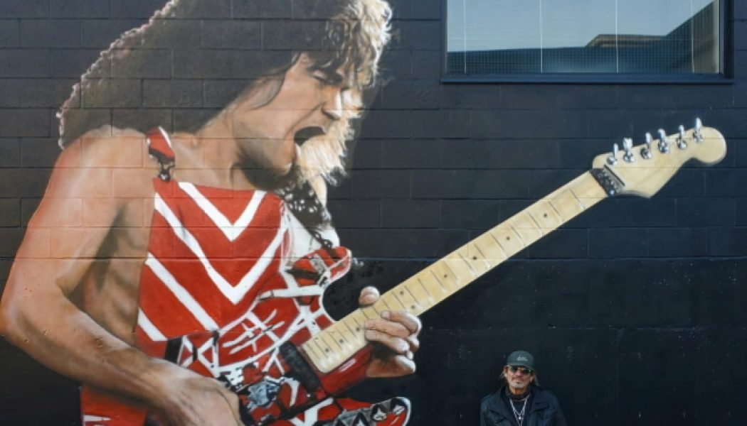 Canadian Artist Paints EDDIE VAN HALEN Memorial Mural