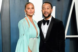 Chrissy Teigen Suffers Miscarriage After Recent Hospitalization