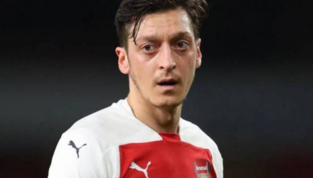 Fenerbahce monitoring Mesut Ozil situation at Arsenal